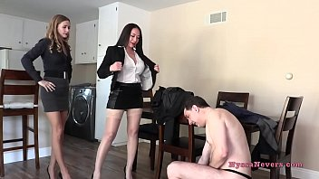 Don't you want to fuck us? (Nyssa Nevers and Star Nine BALLBUSTING Andrea Dipre') - PREVIEW Vorschaubild