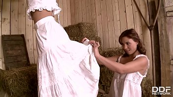 Horny Country Maidens Alysa &amp_ Jessie Volt Get Their Tight Assholes Gaped