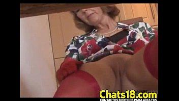 Madurita madre madura hermosa mostrando vagina desnuda