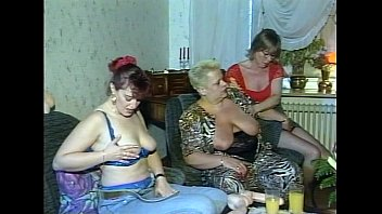 JuliaReaves-DirtyMovie - Gruppen Ficken - scene 4 - video 1 nude ass anus cums pussyfucking Vorschaubild