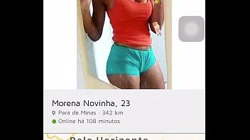 novinha de Minas Gerais tomando banho ao vivo no app Jaumo
