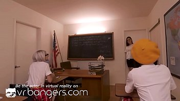 VR BANGERS Group sex at school