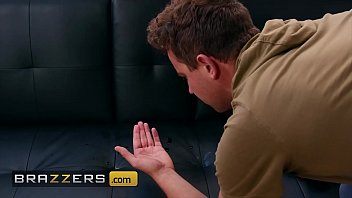 Young (Vanessa Sky) Can't Stop Squirting With (Van Wylde) - Brazzers