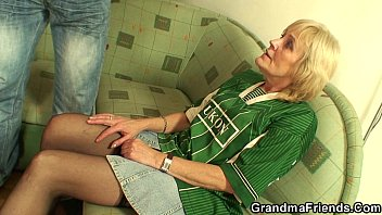 Best friend ass fuck held bet - 70 years old bitch lost bet and gets fucked