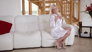 Amazing blonde escort pleases her client for valentines day
