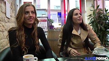 French lingerie model - Les soeurs jumelles dellai se tapent un gros veinard