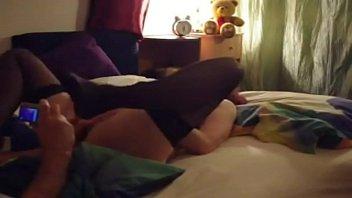 Reife Frau aus Würzburg im Bett gefickt