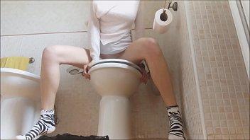 Free peeing erotica - Una pisciona super eccitante