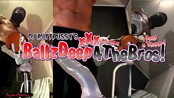 Free gay huge dildo - Batty queef twink does xxl dildo