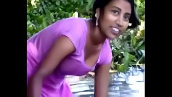 village girl bathing in river showing assets www.favoritevideos.in