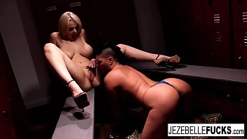 Lady wrestler vagina claw Hot lady wrestlers fuck each other in the locker room