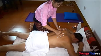 Thai amateur massage for hung tourist with a happy end thumbnail