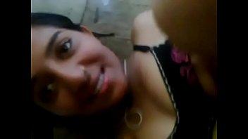 Desi girl having sex in room Thumb