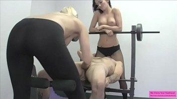 2 Hot GoGo Dancers Jerk a Guy Off and Sit on His Face