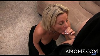 Mature lady free Mamma gets her passion treated