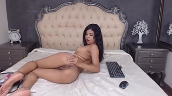 Female nude model Livejasmin private session with latina model