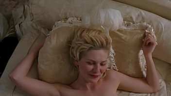 Kirsten Dunst naked and having sex - Marie Antoinette (2006)