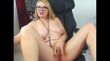Blonde Milf on Cam - exquisitecamgirls.com