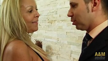 Especial Bárbara Blonde, madurita  brasileña reina del porno anal.