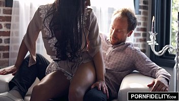 PORNFIDELITY Priya Price Filled With Her First Creampie