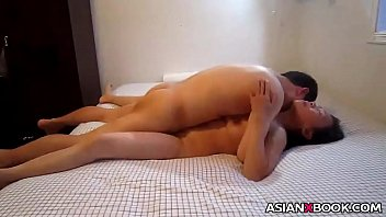 Asian babe gets facialized