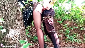 Girl gets fucked in public Sexy teen deepthroat and dogging cock boyfriend in the forest