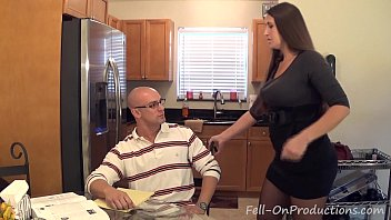 Madisin Lee in MILF mom helps son with his &quot_Term Paper Blue Balls&quot_