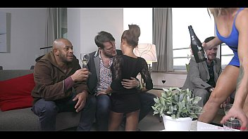 Brittany Bardot & Rose Valerie Tag team to empty 3 men balls. They get DPed and swap cum