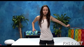 Goluptious Belle Knox's poon tang is drilled