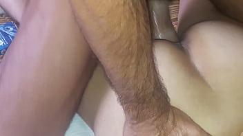Ragazzo di 30 anni monta mia moglie (50 anni) in camera d' albergo alle terme