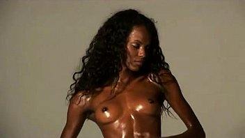 Black woman strip tease Chocolate skin flexible african model wide legs opening