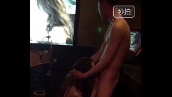 The girl blowjob chinese hotboy in karaoke - 46s