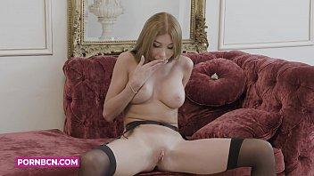 Intimate lingerie models Pornbcn 4k marilyn crystal una joven modelo rusa rubia y con glamour se masturba en lencería fina delante de la cámara en su lujosa casa.