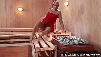 Mean green teen machine - Brazzers - hot and mean - jenni lee, juelz ventura - hot sauna pussy