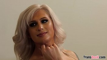 My Roomie Is a Trans Camgirl! - Kellie Shaw
