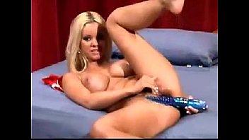Blonde Skills of Carmen Luvana Feature (2 of 3)