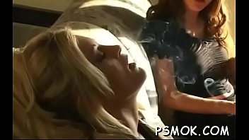 Pussy balloon - Breathtaking beauty balloon scene