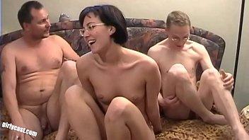 Lisa makes her Boyfriend Mannie to a Cuckold