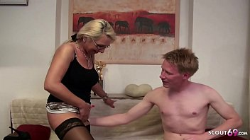 MOTHER JENNY TEACH HUGE COCK STEP SON TO FUCK ANAL German 11 min