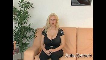 Riesen-Knet-Titten Blondie Vorschaubild