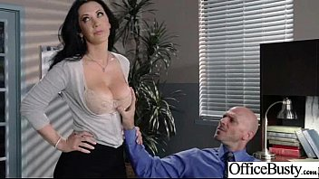 (Jayden Jaymes) Ragazza tettona si gode il sesso duro in ufficio mov-23