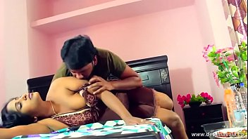 desimasala.co - Beautiful aunty boob press navel kiss romance with young guy pornhub video