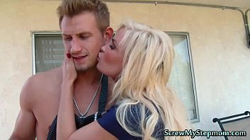 Tempting Blonde Super Stepmom