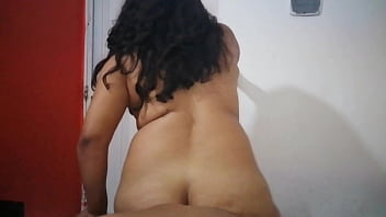 BIG ASS IN POCISION TO PENETRATE THEM