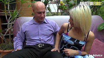 AMATEUR EURO - Alix Feeling & Fabrice Triple X - French Babe Rides Daddy And Tries Also Anal With Him 14分钟