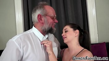 Teen gets pounded and creampied by oldie