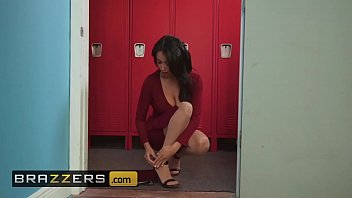 Big Tits at School - (Anissa Kate, Lil D) - Fucked In Front Of Class - Brazzers thumbnail