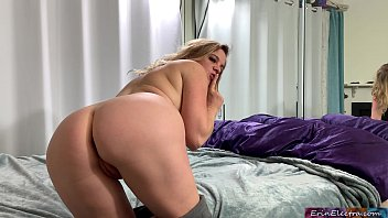 Stepsis gets a creampie from stepbro while parents are in the house - Erin Electra