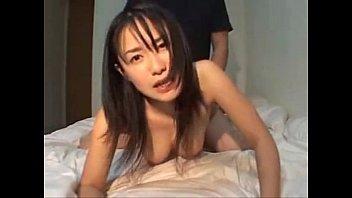 【ハメ撮り】全裸ソックス姿の清純系巨乳娘がオマ○コ突かれて喘ぎまくり