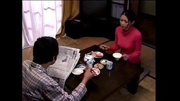 Japans vrouw mist seksueel (Zie meer: shortina.com/H9ks7)